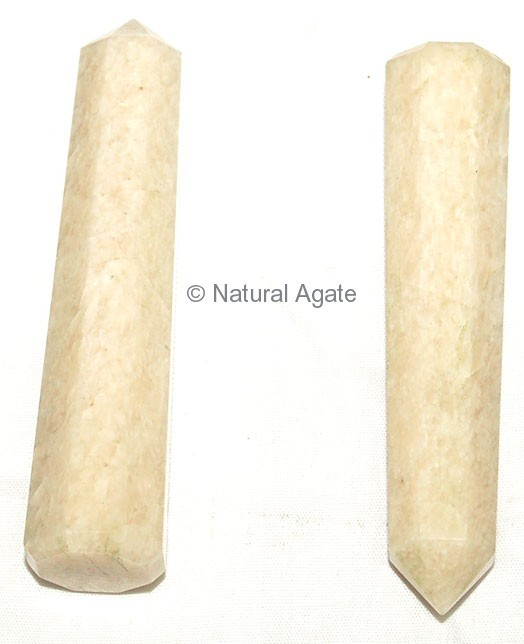 Cream Moon Stone Obeliks