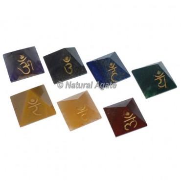 Engraved Pyramids Chakra Sets