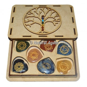 Engraved 7 Chakra Heart Set With Chakra Stone Tree Of Life Gift Box