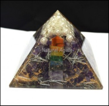 Energy Orgone Pyramids with Chakra Point