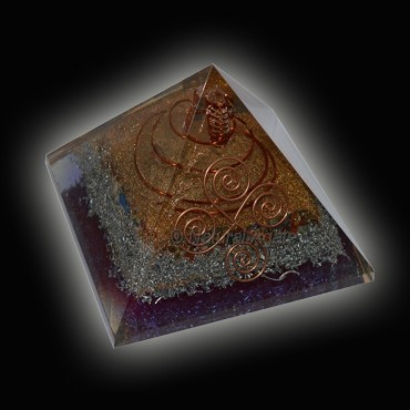 Amethyst With Healing Crystals Orgone Pyramids
