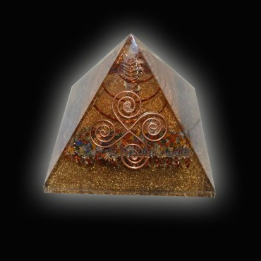 Seven Chakra With Copper Orgone Pyramids