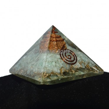 Green Aventurine Orgonite Pyramid