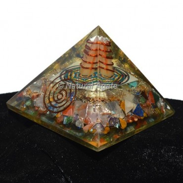 Seven Chakra With Flower Of Life Orgonite Pyramid