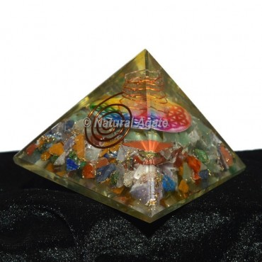 7 Chakra Orgonite Pyramid with Flower Of Life