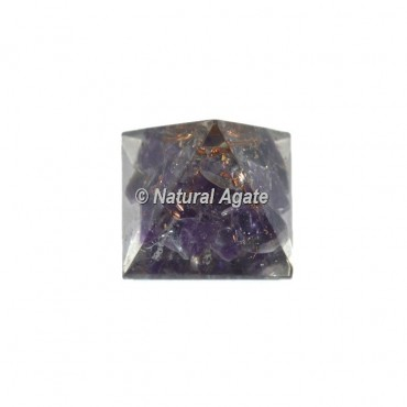 Amethyst small Pyramid
