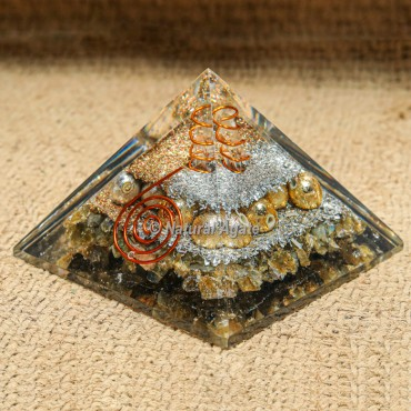 Labradorite Orgonite Protection Pyramid