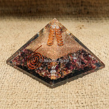 Garnet with Crystal Point Orgonite Protection Pyramid