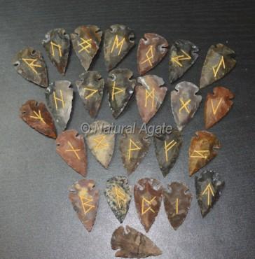 Agate Arrowheads Rune Set