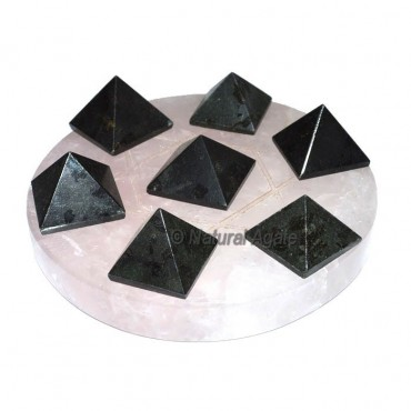David Star 7 Tourmaline Pyramids with Rose David S